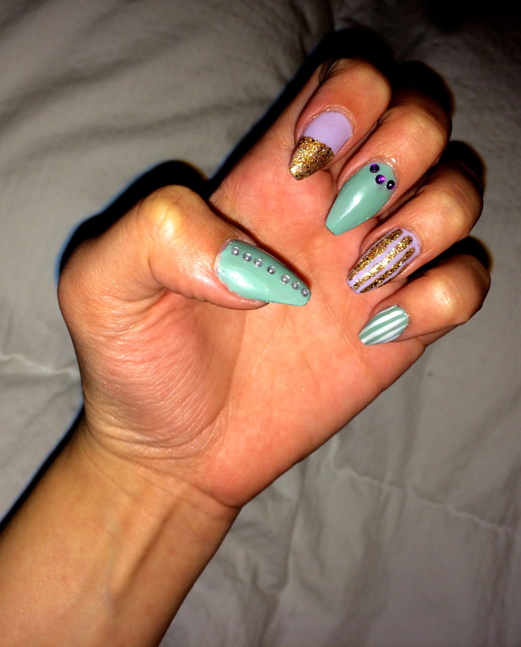 Spring Nails: Mint & Lilac | Mid Eastern Soul